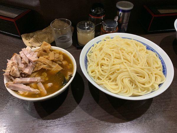 「つけ麺(チャーシューとメンマトッピング)」@中華そば べんてんの写真