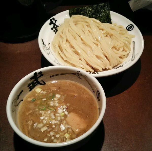 「濃厚つけ麺 930えん 大盛まで同値段」@麺屋武蔵 武仁の写真
