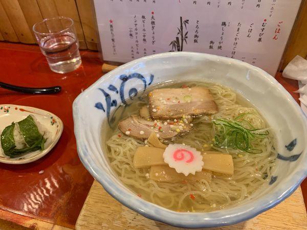 「竹燻製塩ラーメン大盛」@麺 玉響 刈谷店の写真