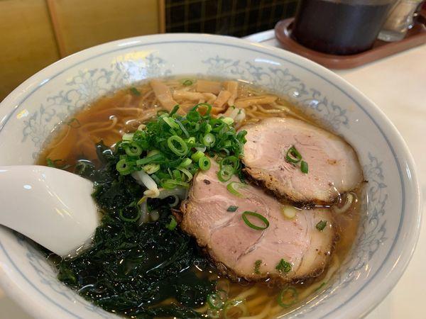「醤油ラーメン大盛 餃子付き」@喜慕里の写真