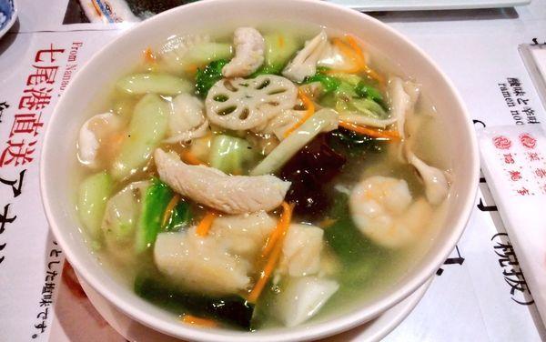 「のどぐろ入り海鮮ヒスイラーメン」@菜香樓 金沢百番街店の写真