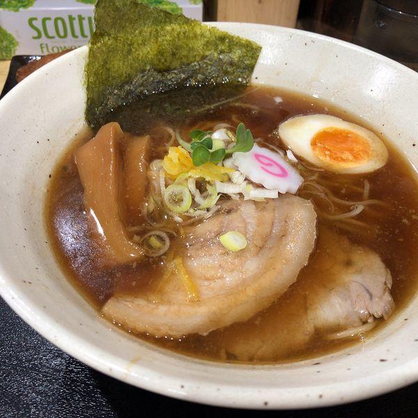 「醤油ラーメン(750円)、いなり寿司(120円)」@麺屋 武嶋屋の写真