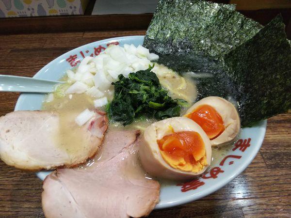 「【限定】塩豚骨 +味玉:サービス券」@豚骨醤油ラーメン まじめ家の写真