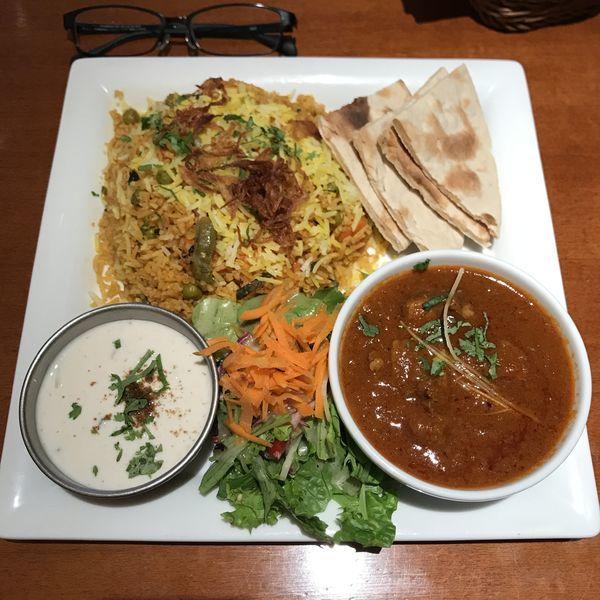 「ビリヤニセット(野菜ビリヤニ・ラムカレー)」@SITAARA Groveの写真