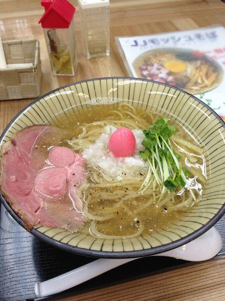 「白ら〜めん」@仮麺中(角打ち わかさや)の写真