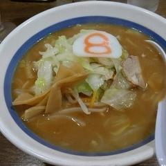 8番ラーメン 犀川大橋店の写真