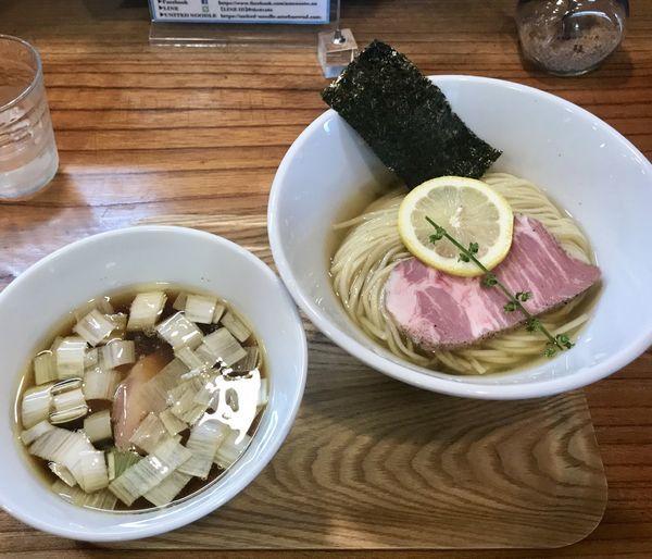 「味玉昆布水醤油つけそば 吊るし焼きチャーシュー丼」@アメノオトの写真