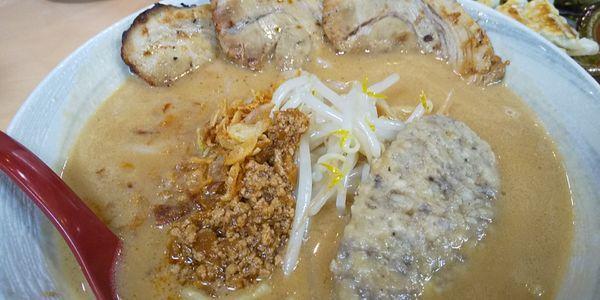 「仙台味噌ラーメン炙りチャーシュー」@蔵出し味噌 麺場 田所商店の写真
