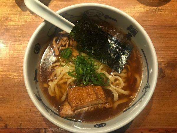 「角煮ら〜麺」@麺屋武蔵 新宿本店の写真