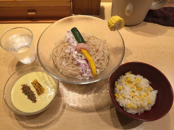 「【夏の限定麺 第2弾】とうもろこしと羅臼昆布のつけそば」@饗 くろ㐂の写真