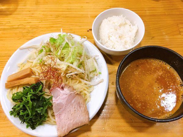 「牛骨辛みそつけ麺!!!」@麺屋うしまるの写真