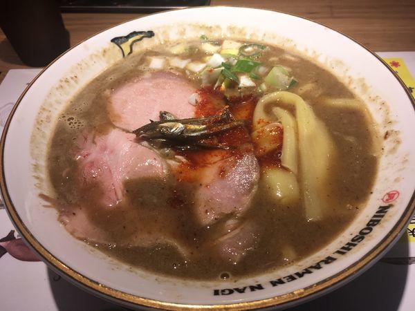 「すごい煮干ラーメン 合わせ味」@すごい煮干ラーメン凪 田町店の写真