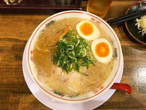 「味玉ラーメン」@京都ラーメン おおきにの写真