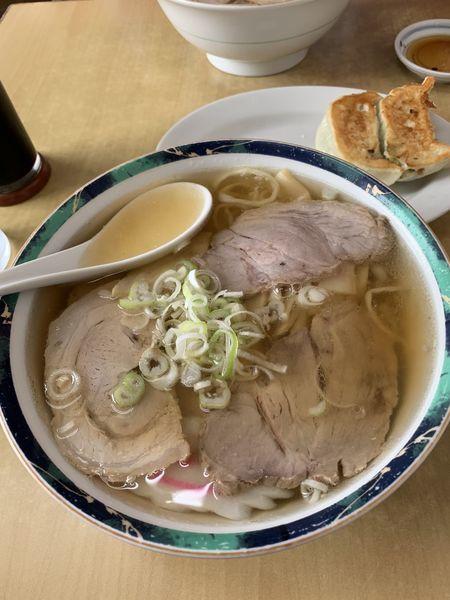 「ハーフ&ハーフと餃子」@佐野らーめん 麺龍の写真