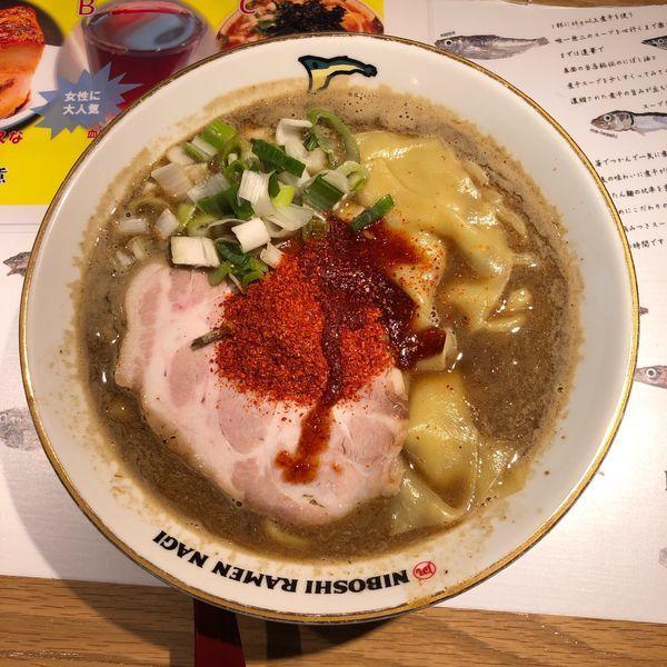 「すごい煮干ラーメン 合わせ味 (大・辛さ10)」@すごい煮干ラーメン凪 田町店の写真