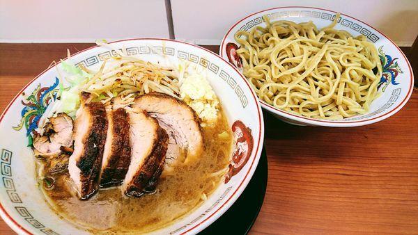 「つけ麺 豚5枚(麺硬め・ニンニクマシマシ・カラカラ)」@ラーメン豚山 平塚店の写真