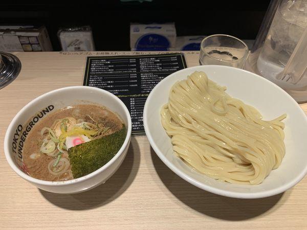 「濃厚つけ麺(M) 味玉」@TOKYO UNDER GROUND RAMEN 頑者の写真