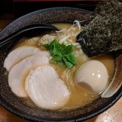 濃厚鶏そば 麺屋武一 新橋本店の写真