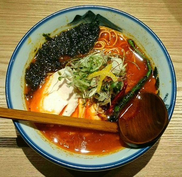 「柚子辛紅らーめん(三丁目 細麺)」@AFURI辛紅 kara kurenaiの写真