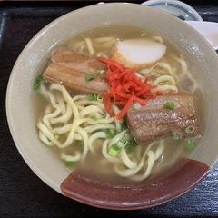我部祖河食堂 美栄橋駅前店の写真