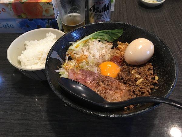 「アサヒスーパードライ→冷やし担担まぜそば+味玉→小ライス」@つけ麺 陽の写真