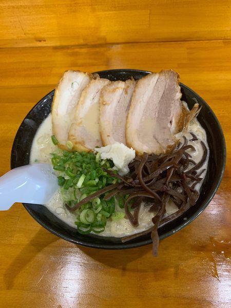 「どろチャーシュー+麺2玉」@ぎょらん亭 本店の写真
