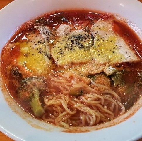「トマトラーメン ¥980」@里山の食事処 山小屋亭の写真
