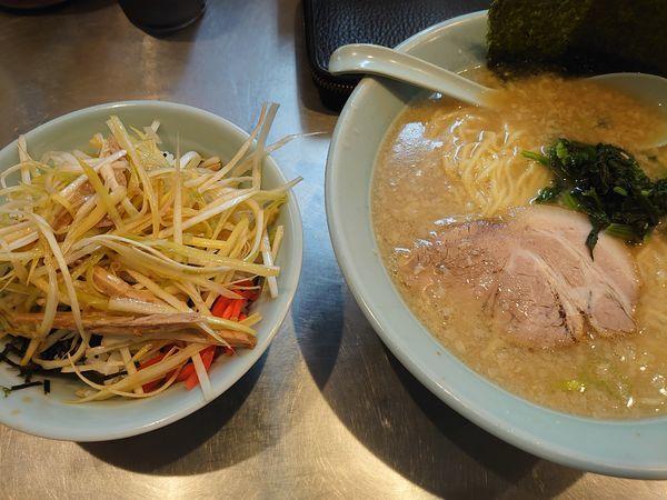 「ラーメン ネギ丼」@ラーメンショップ 新守谷店の写真