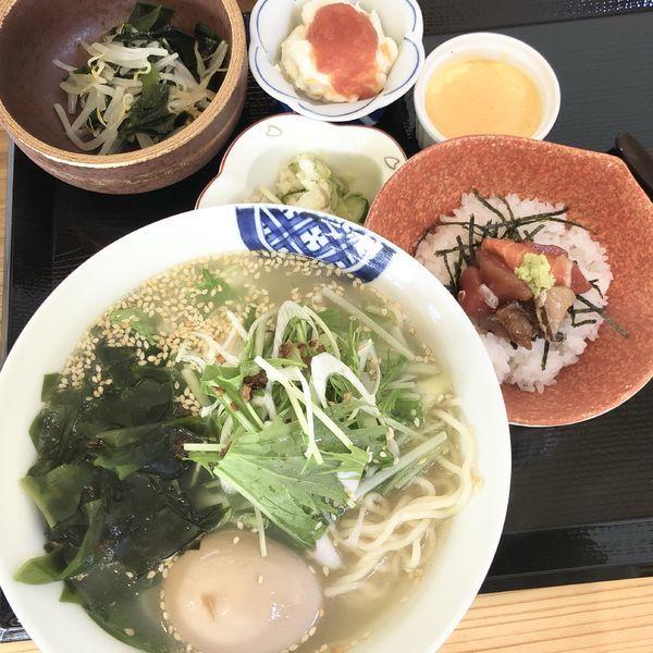 「鯛ラーメン(ミニ海鮮丼付)+アイスコーヒー」@旬彩和食 よし田の写真