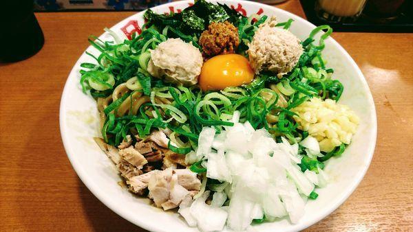 「ガッツ麺DX(大)+青ネギ」@日の出らーめん 大船店の写真