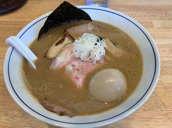 「特製濃厚中華そば 950円ランチ時ごはん100円」@麺や たけ田の写真
