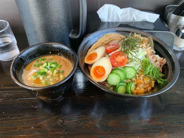 「冷や汁つけ麺〔特製〕」@麺や 笑 ~Sho~の写真