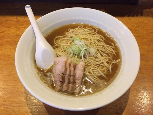 「比内鶏肉そば 大 + スープ増し」@自家製麺 伊藤の写真