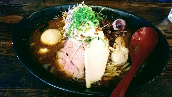 「【限定】シーフードカレーラーメン」@麺場voyageの写真