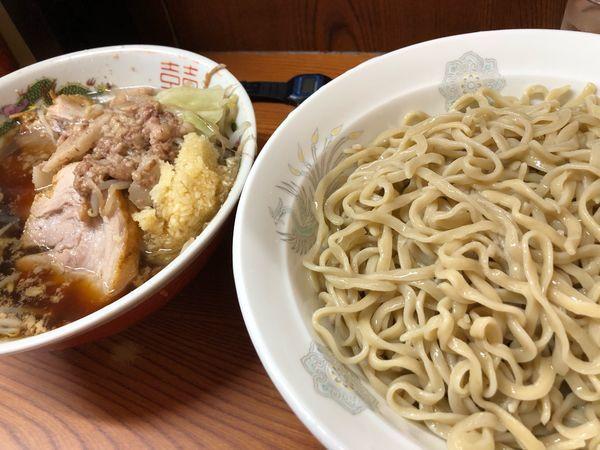 「小つけ麺麺半分ニンニクアブラ」@ラーメン二郎 亀戸店の写真