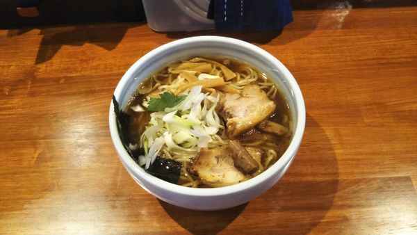 「江戸醤油ら〜麺 大盛」@麺屋 江武里の写真