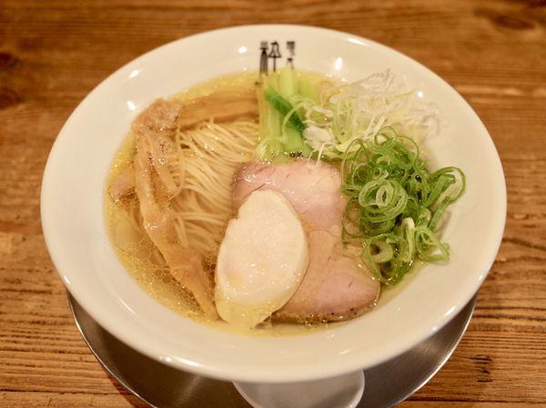「丸鶏塩らぁ麺…880円」@麺'S食堂 粋蓮の写真