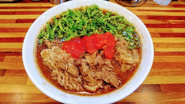 「【限定】台湾牛肉麺 誇張ver」@鮮魚らーめん 五ノ神水産の写真