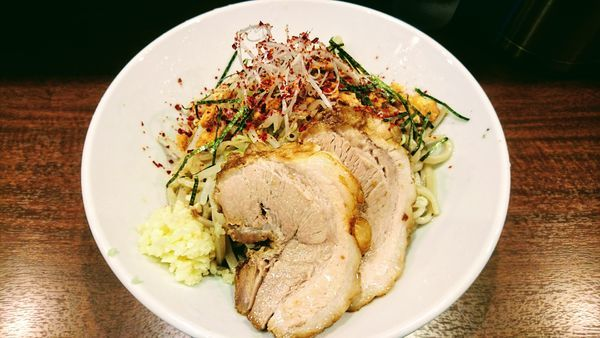 「【期間限定】冷塩レモン(ニンニク・トウガラシ)」@麺屋 づかちゃんの写真