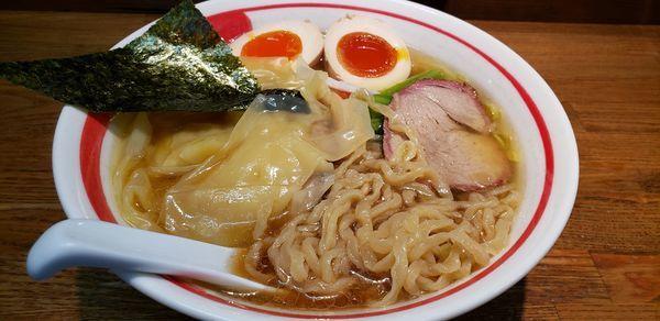 「ワンタン麺 煮玉子」@青竹平打ち中華そば 麺壱吉兆の写真