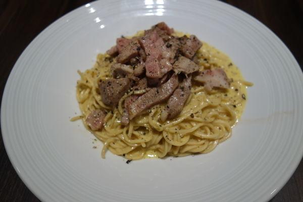 「【夜限定】トマト麺 de カルボナーラ」@麺屋 一期の写真