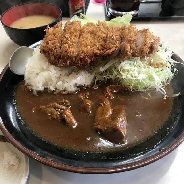 「極上ロースカツカレー(¥1,800)」@まるやま食堂の写真