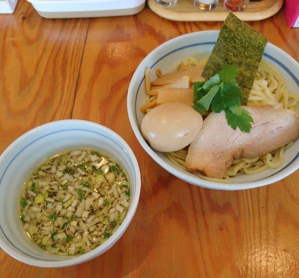 「鶏だしつけ麺 塩 中盛 味玉」@麺屋くおん 上里店の写真