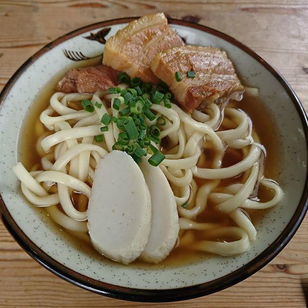 「岸本そば(大) 700えん」@きしもと食堂 八重岳店の写真