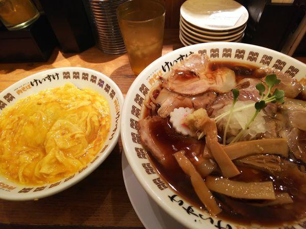 「肉そば醤油+エッグライス 1140円」@NEW OLD STYLE 肉そば けいすけの写真