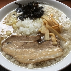 肉煮干中華そば 鈴木ラーメン店の写真