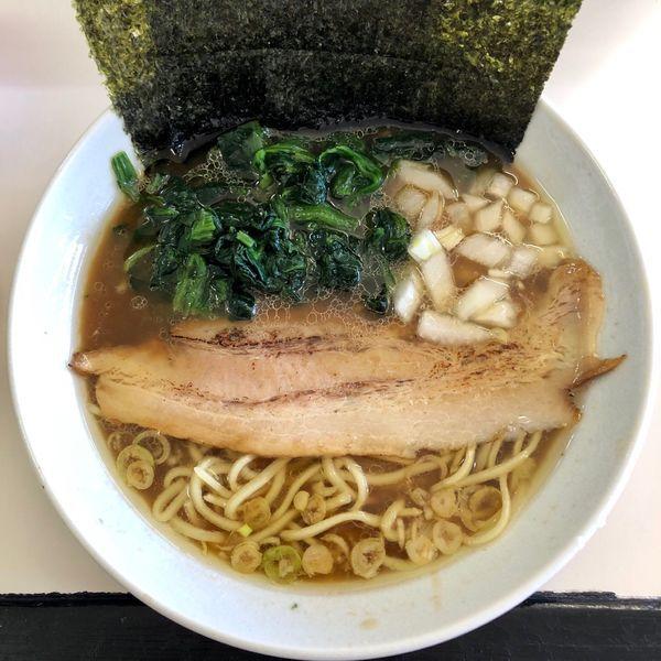 「ラーメン (700円) ほうれん草 (50円)」@横浜ラーメンの写真