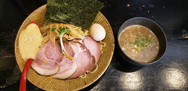 「梅と煮干しつけ麺 特製 大盛」@麺屋 ちょこざいの写真