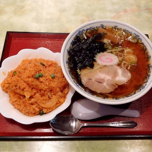 「Dセット:ラーメン&半チキンライス(850円)」@中華料理 八幡の写真