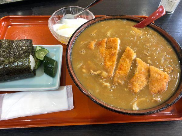 「カツカレーラーメン&オニギリセット」@食堂 ニューミサの写真